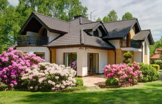 Цены на покупку дома для одной семьи также очень популярны