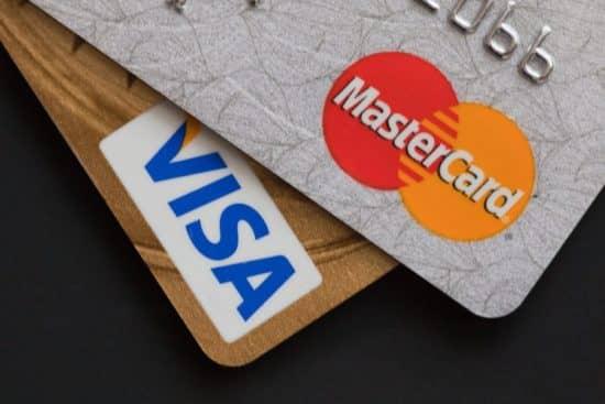 Сбербанк Виза и МастерКард: главные особенности платежных систем