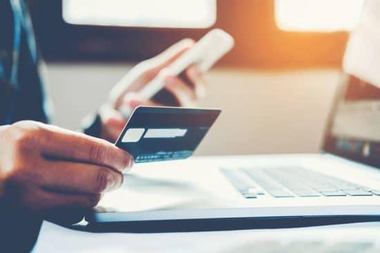 Как происходит похищения денег с банковских карточек Сбербанка