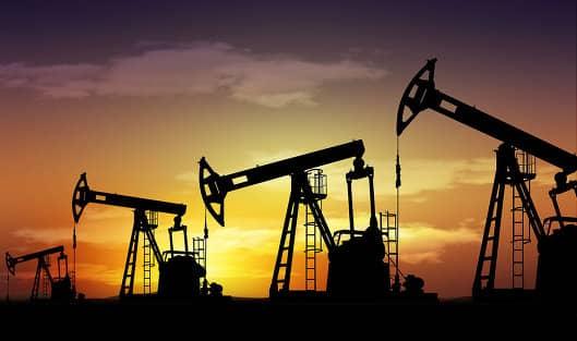 Почему курс рубля зависит от цены на нефть?