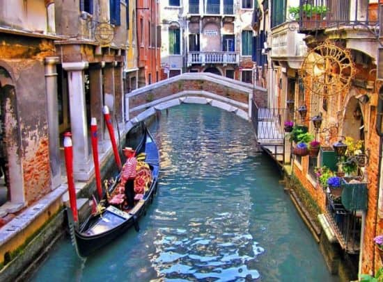 Налог на тень в Венеции