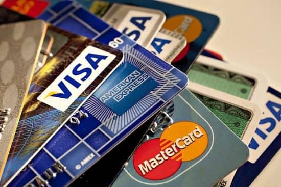 Пример гиперболического дисконтирования: нерациональные владельцы кредитных карт