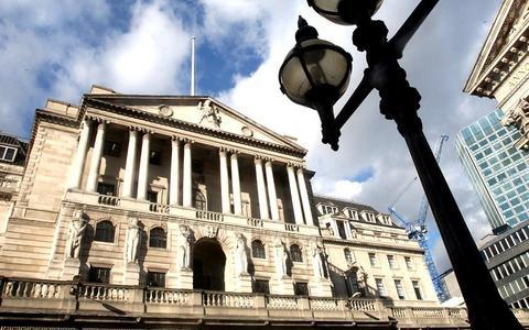 Первый финансовый кризис случился в 1825 году в Англии
