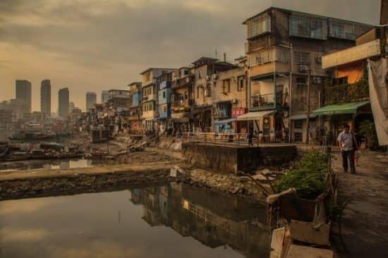 Цели политики выравнивания доходов: зачем помогать бедным