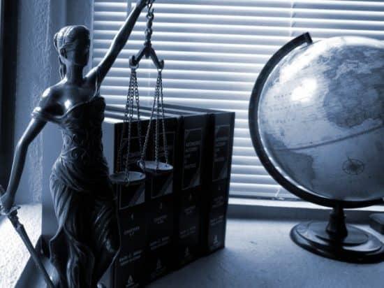 Оценка работы юридического подразделения фирмы