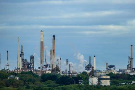 Зависимость нефтегазового сектора России от импорта оборудования, технологий и материалов